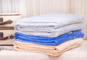 Super Soft 3D Embossed Flannel Fleece Blanket / Cut Fleece Blanket-Scale pictures & photos