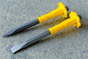 Cr-V Steel Satin Finished Pointed Cold Chisel with TPR Soft Grip pictures & photos