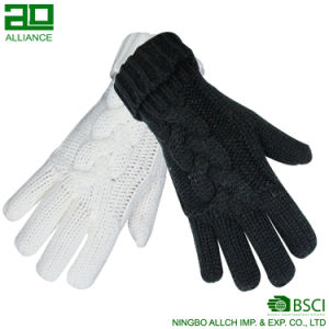 Wholesale Fashion Women Knitted Warm Gloves pictures & photos