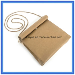 Trendy Customized Special Kraft Paper Casual Messenger Bag, Hot Sale Waterproof Kraft Paper Shopping Single Shoulder Bag with Golden Colour Metal Belt