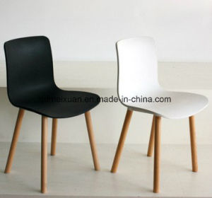 Nordic High Strength Chair Manufacturers Selling Exports Ants Plastic Chair High-End Dining Chair Sitting Room Chairs (M-X3805) pictures & photos
