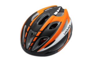 an Intergral Forming Helmet for Bike pictures & photos