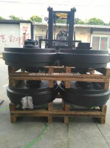 Hitachi Ex120-5 Ex200-5 Excavator Front Idler, Track Idler Wheel pictures & photos