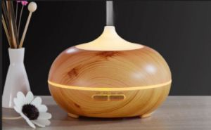 Amazon Hot Sell Fragrance Essential Oil Aroma Diffuser 300ml Water Capacity pictures & photos