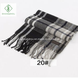 2017 Hot Sale Cashmere Plaid Shawl Fashion Acrylic Men′s Scarf pictures & photos