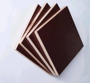 China Top Quality Film Faced Plywood for Concrete Formwork pictures & photos