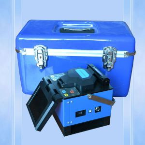 China Own Designed Fusion Splicer at Cheap Price pictures & photos