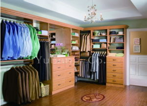 Solid Wood Walk in Closet (Bedroom closets) (BF38) pictures & photos