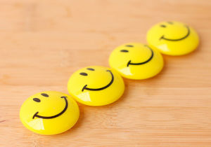 High Quality Resin Smile Face Fridge Magnet for Children pictures & photos