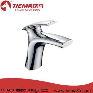 2015 New Design Single Lever Basin Faucet (ZS41703) pictures & photos