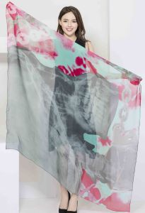 100%Digital Printed Silk Chiffon Scarf Ladies Fashion Silk Square Shawl pictures & photos