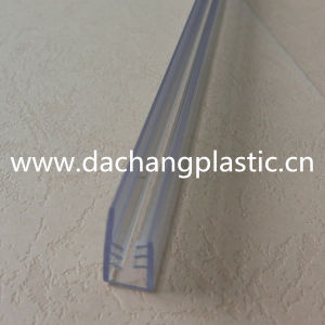 Clear PVC Plastic Gripper/Clip Profile pictures & photos