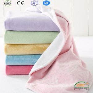 Small Blanket for Watching TV, Sofa and Office Usage pictures & photos