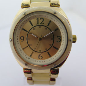 Fashion OEM New Style Wrist Watch pictures & photos