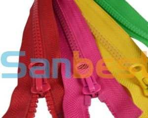 Resin Zippers in Fashion Color Closed End pictures & photos