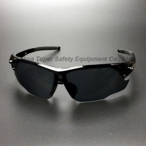 Ce En166 Approval Sport Type Safety Glasses (SG127) pictures & photos
