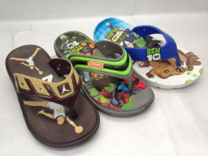Childern′s EVA Fashion and Colorful Cartoon Flip Flops (21GL1602) pictures & photos