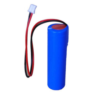 18650 3.7V 2200 mAh Li-ion Rechargeable Battery pictures & photos