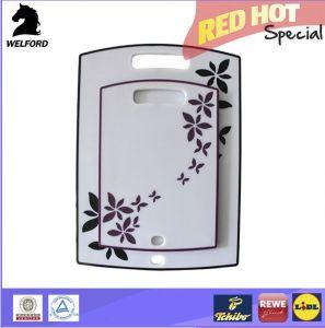 Hot Sale Hangable Anti-Slip Plastic Cutting Board Kitchen pictures & photos