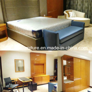 2018 New Design Kingsize Luxury Chinese Wooden Restaurant Hotel Bedroom Furniture (GLB-5000801) pictures & photos