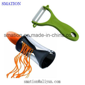 Stainless Steel Multifunction Kitchen Apple Fruit Veggie Vegetable Peeler Slicer pictures & photos