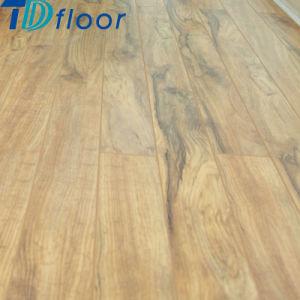 Easy Installation Click PVC Vinyl Flooring pictures & photos
