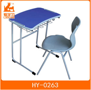 Wood School Desk with Plastic Chair of Student University pictures & photos