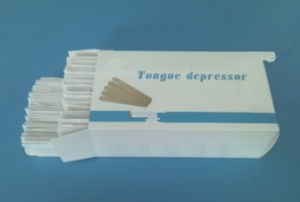 Disposable Wooden Tongue Depressor /Wooden Spatula for Adult and Child pictures & photos