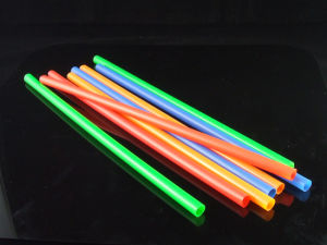 Multipl-Colors Straight Plastic Drinking Straws pictures & photos