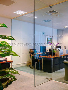 10mm (Door, Balustrade, Partition etc) Tempered Glass pictures & photos