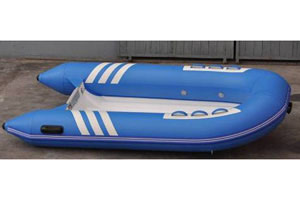 Sells Well Blue Color Rigid Hull Fiberglass Material 2.7m Length 3 Person Versatile Function Rib Boat Inflatable Boat with CE China pictures & photos