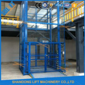 4m 2tond Guide Rail Hydraulic Lift pictures & photos