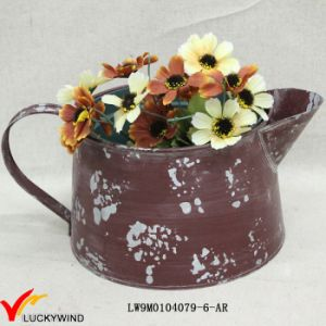 Small Rustic Colored Handmade Painted Metal Flower Pot pictures & photos