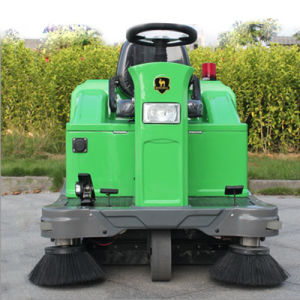 Electric Ride on Road Street Sweeper Cleaning Machine (DQS12) pictures & photos