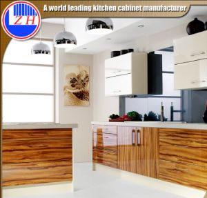 High Gloss Cabinet Door Kitchen Furniture (customzied) pictures & photos