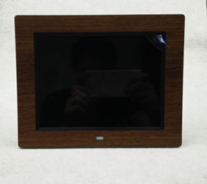 8inch Wooden Case Digital Photo Frame with High Resolution pictures & photos