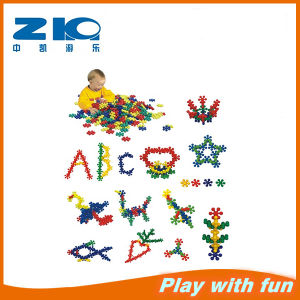 2015 Latest Kids Plastic Toy Bricks pictures & photos