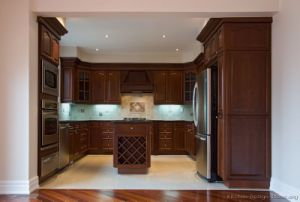 Dark Cherry Kitchen Cabinets (DC1) pictures & photos