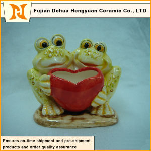 Frog Design Valentine′s Day Furnishing Articles and Garden Decoration pictures & photos