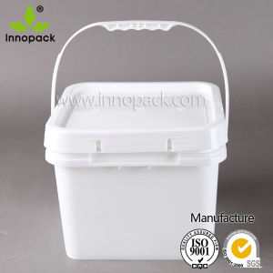 8 Liter Square Plastic Bucket with Plastic Lid and Handle pictures & photos