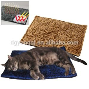 Slef Heating Pet Mat, Cat Thermal Mat pictures & photos