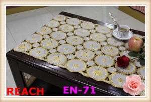 50cm Vinyl Long Lace Table Runner Gold/Silver pictures & photos