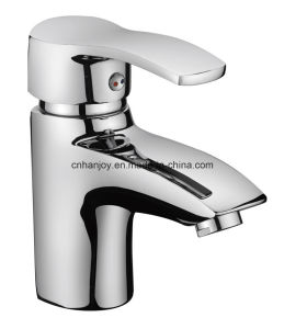 Hot Sale Deck Mounted Single Handle Brass Basin Tap (H01-101) pictures & photos