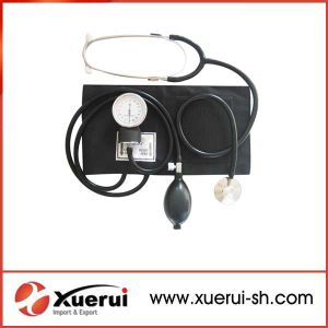Aneroid Sphygmomanometer with Single Head Stethoscope pictures & photos