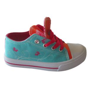 Soft Comfortable Breathable Kid Casual Canvas Shoe for Sale pictures & photos