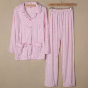 Printed Sleepwear for Laides in Bamboo Fabric (OEM) pictures & photos