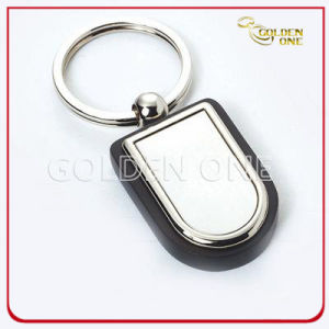 Superior Quality Fanshion Design Wooden Key Chain pictures & photos