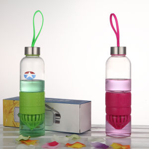 Colorful Silicone Lemon Fruit Infusion Glass Water Bottle pictures & photos