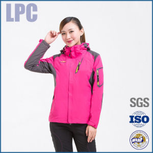 Winter Warm Fashion Waterproof Softshell Jacket for Women pictures & photos