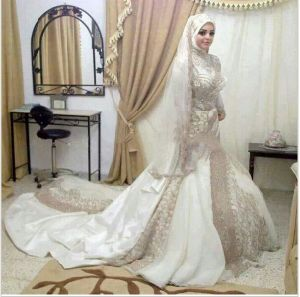 Long Sleeves Muslim Mermaid Bridal Gown Crystal Stones Wedding Dresses Y1027 pictures & photos